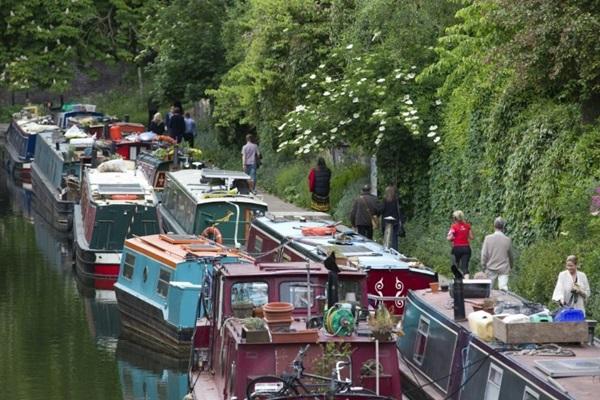 20150709132655 a1be Chi phí nhà ở cao, người dân Anh chọn thuyền làm nơi cư ngụ
