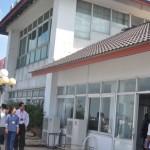 Ph§n xây dñng trái phép trên sân th°ãng cça chung c° Bình Minh (Q.9) - ¢nh: D.N.Hà