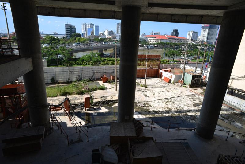 20150819094101 55cf Saigon One Tower   Cao ốc nằm phủ bụi giữa trung tâm thành phố