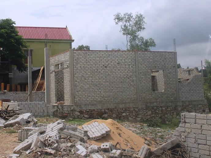 20150921140313 c750 Nhiều hộ dân tại Nghệ An xây nhà chờ đền bù