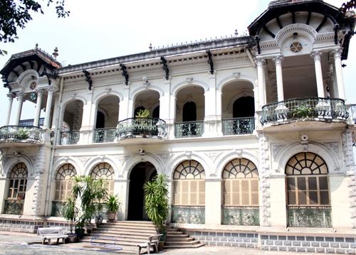 20151117172949 a10d Bàn về việc bán biệt thự cổ trung tâm Sài Gòn giá 700 tỷ đồng