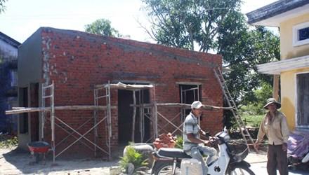 20151121084722 6974 Dân đổ xô xây dựng nhà cửa để đón đền bù
