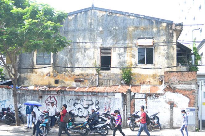 chungcucu12240 1449179808 TP.HCM vận động người dân không thuê chung cư đã xuống cấp trầm trọng